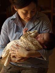赤ちゃんを抱っこするように