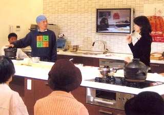 一日だけのアンコメ×静岡ガスコラボレート土鍋ご飯炊きショー。